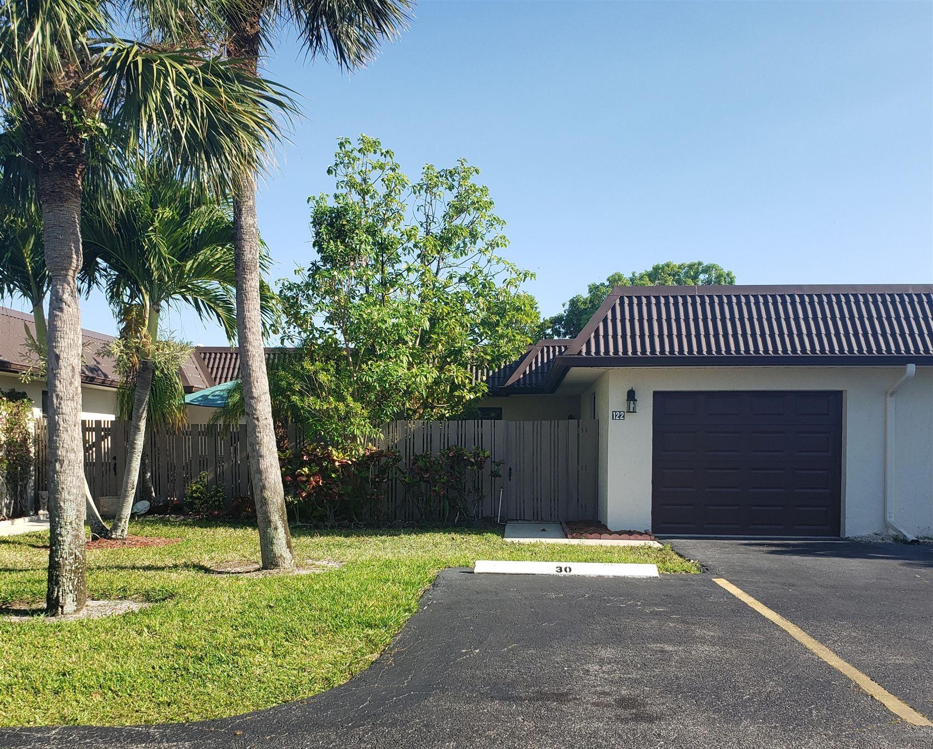 122 Lake Paula Drive, West Palm Beach, FL 33411 - MLS#: RX-10714948