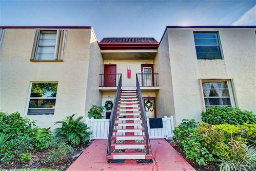 Photo of 18 Willowbrook Lane #205, Delray Beach, FL 33446 (MLS # RX-10676950)