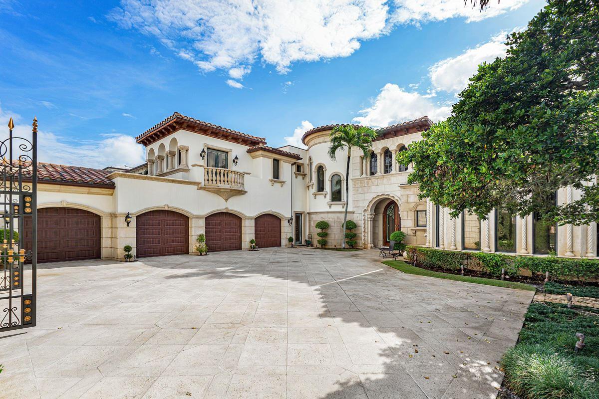 Photo of 348 E Coconut Palm Road, Boca Raton, FL 33432 (MLS # RX-10568953)