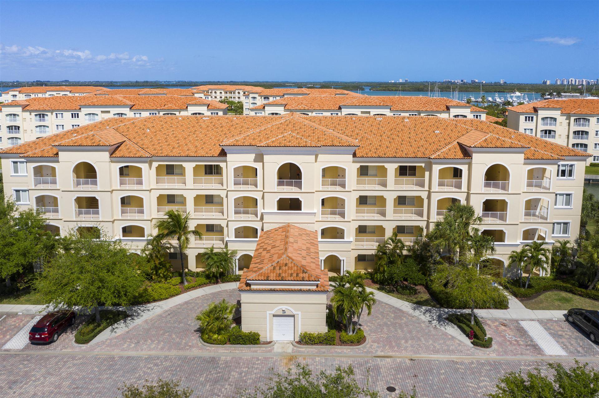 19 Harbour Isle Drive W #Ph05, Fort Pierce, FL 34949 - #: RX-10699953