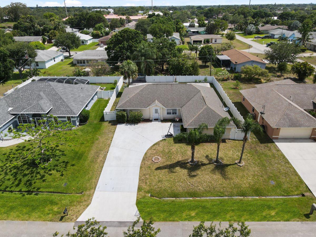 1614 SE Goucho Avenue, Port Saint Lucie, FL 34952 - MLS#: RX-10714953