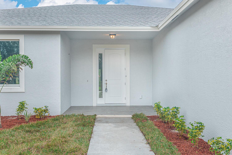 450 SW Paar Drive, Port Saint Lucie, FL 34953 - #: RX-10681954