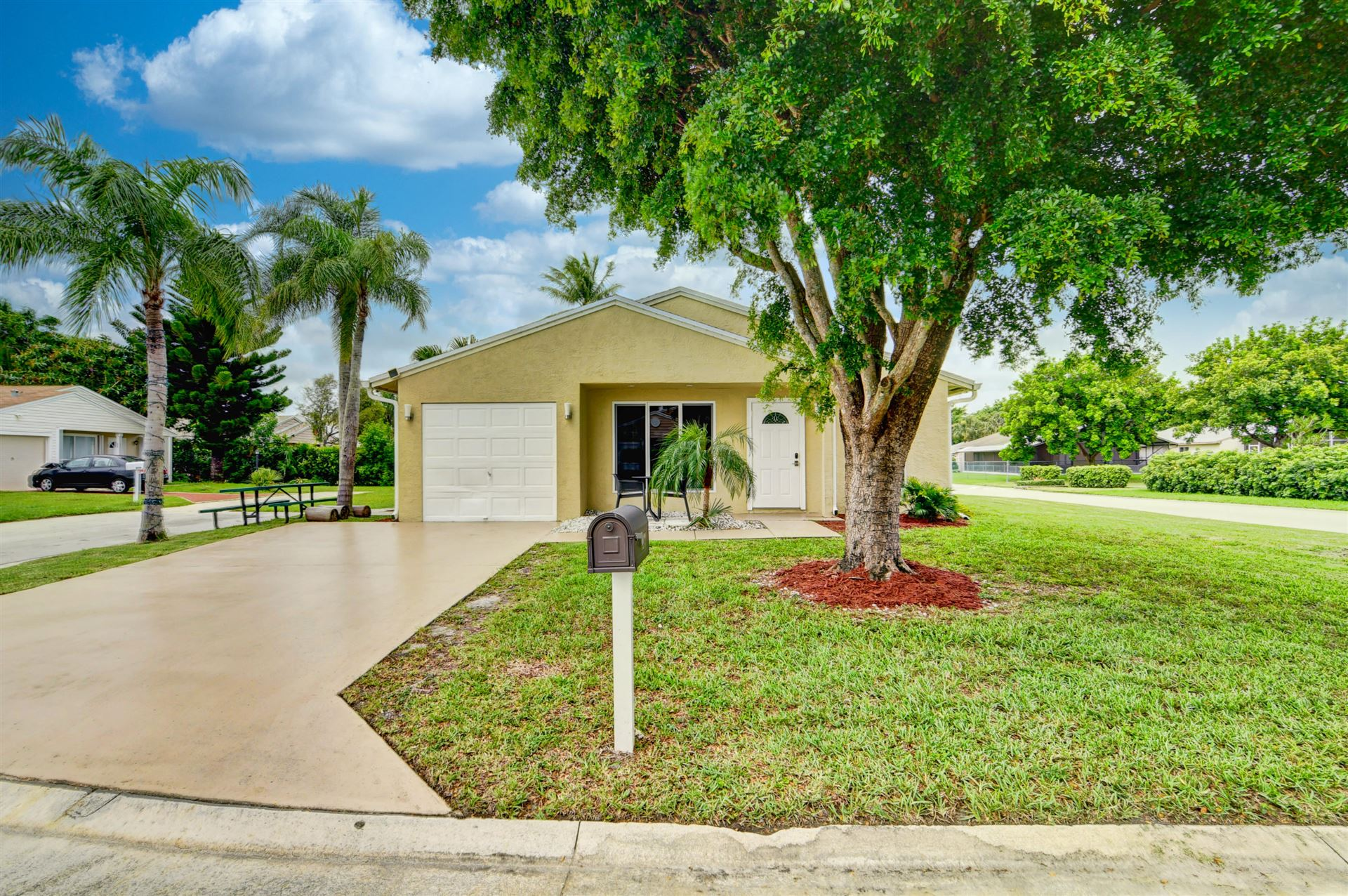 8233 Cedar Hollow Lane, Boca Raton, FL 33433 - #: RX-10730954