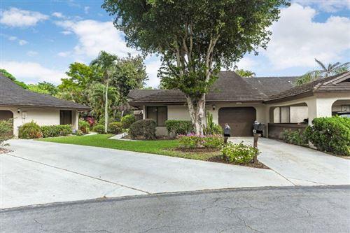 Photo of 10056 Hickorywood Place, Boynton Beach, FL 33437 (MLS # RX-10608955)