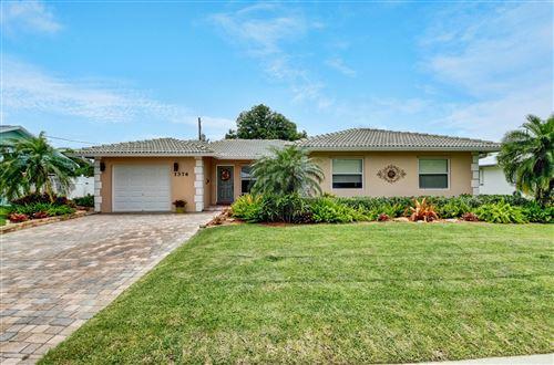 Photo of 1376 SW 12th Avenue, Boca Raton, FL 33486 (MLS # RX-10627957)