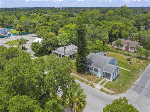 Photo of 701 S 13th S Street, Fort Pierce, FL 34950 (MLS # RX-10733957)