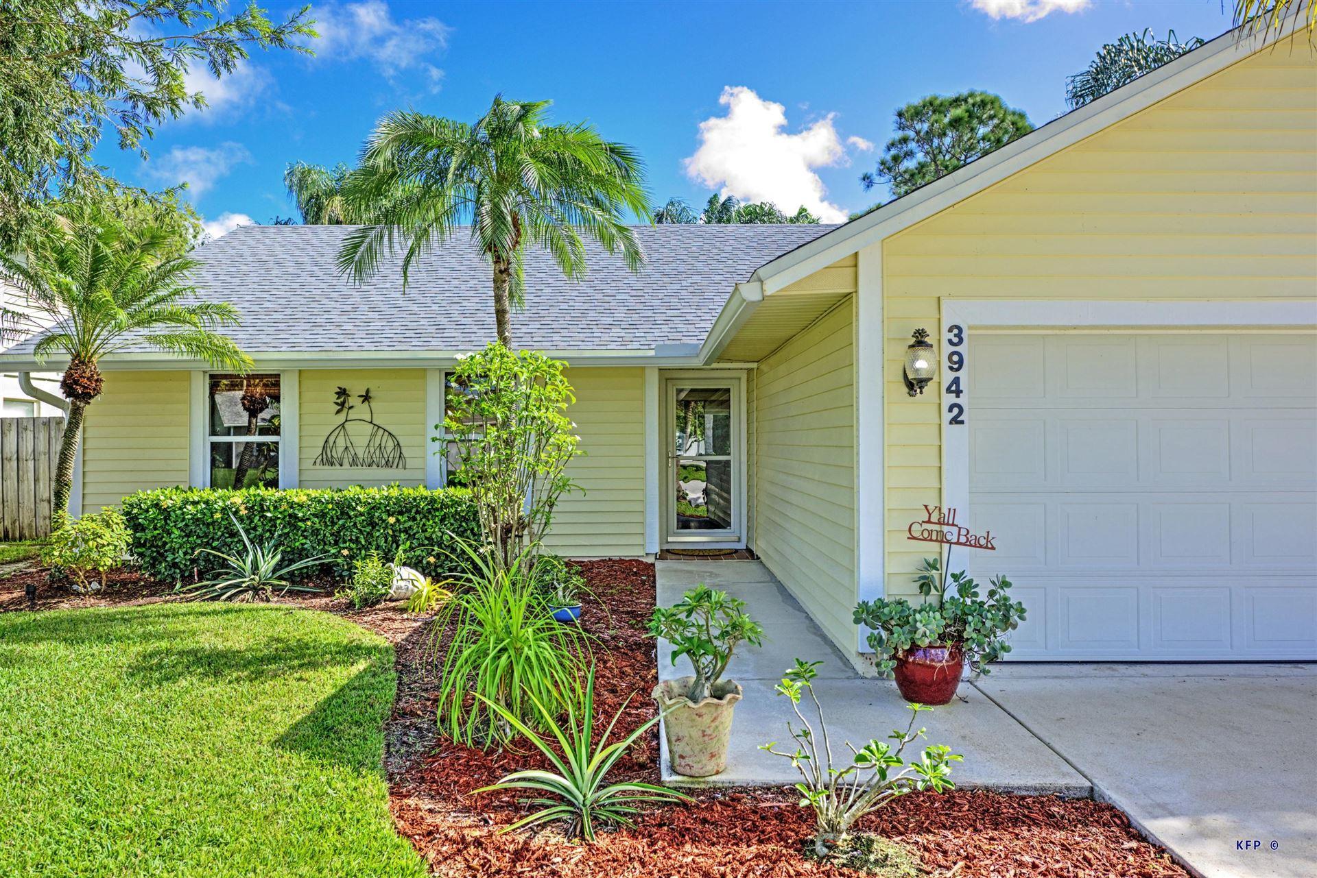 Photo of 3942 SE Walnut Place, Stuart, FL 34997 (MLS # RX-10666957)