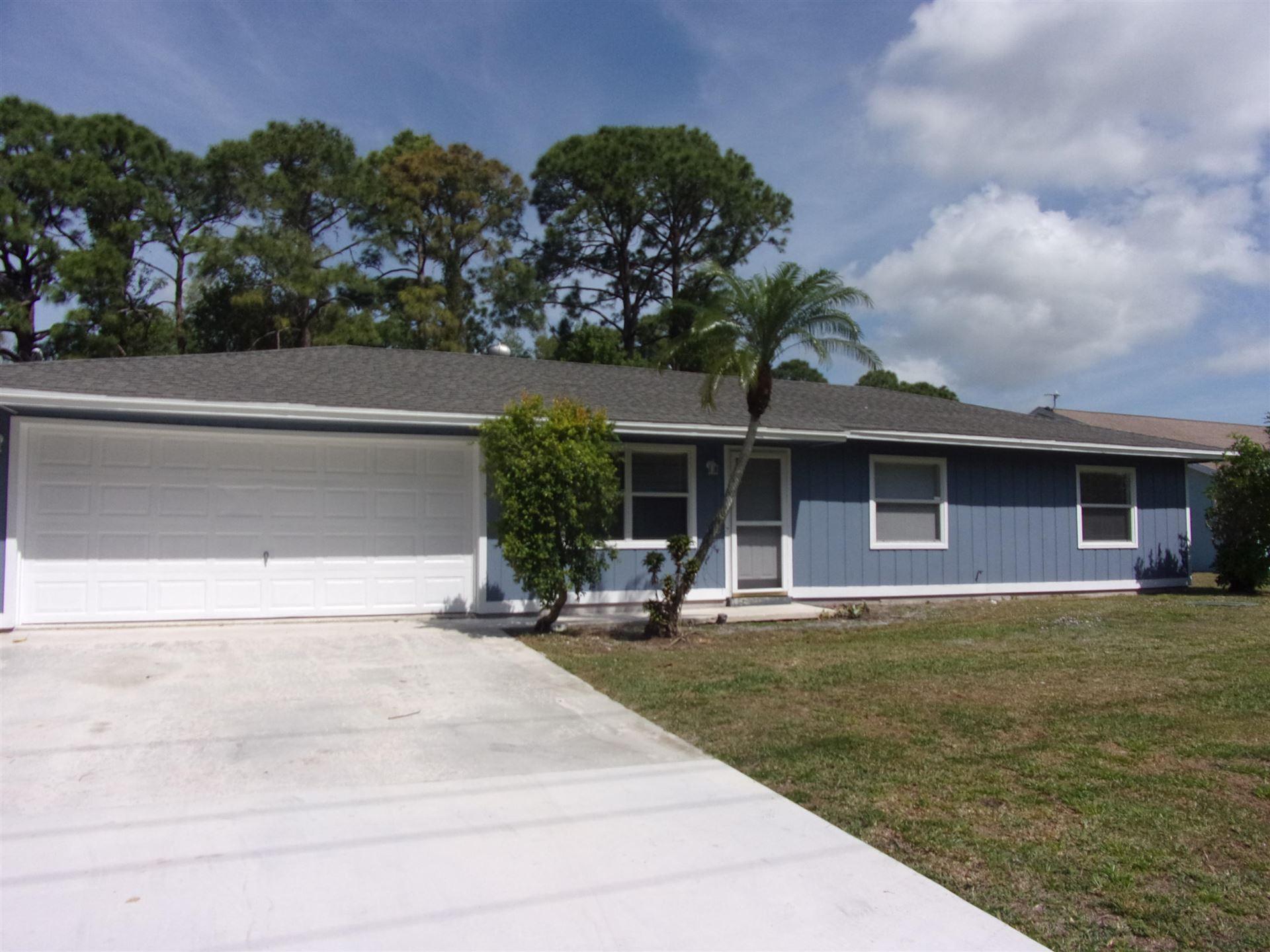 589 SE Faith Terrace, Port Saint Lucie, FL 34983 - #: RX-10702960