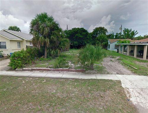 Photo of 631 45th Street, West Palm Beach, FL 33407 (MLS # RX-10503961)