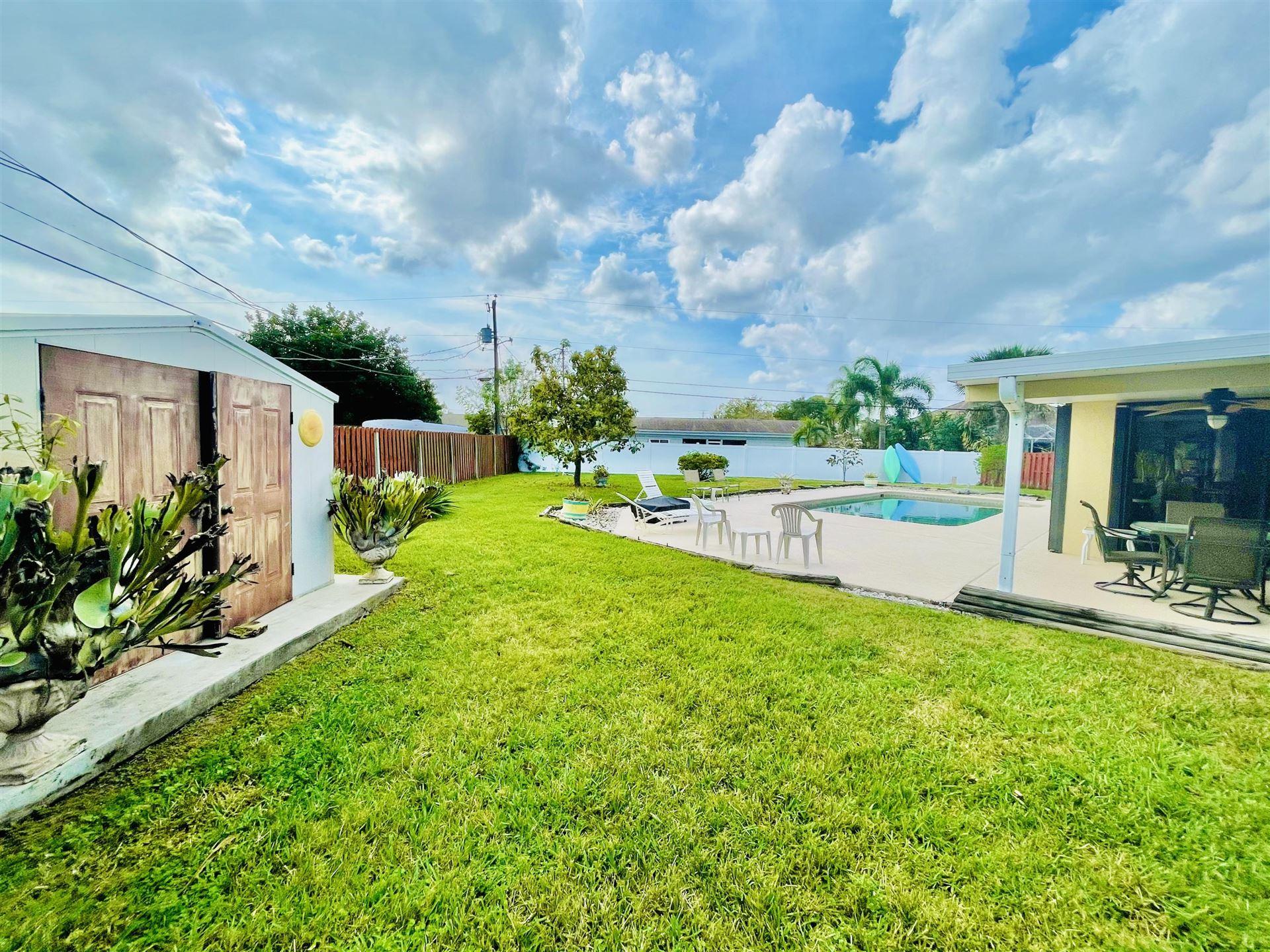 142 SE Nash Court, Port Saint Lucie, FL 34983 - #: RX-10696964