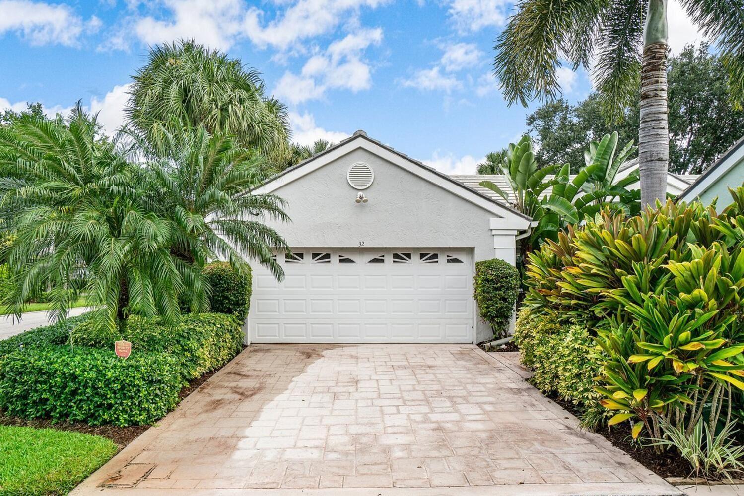 32 Admirals Court, Palm Beach Gardens, FL 33418 - MLS#: RX-10745965