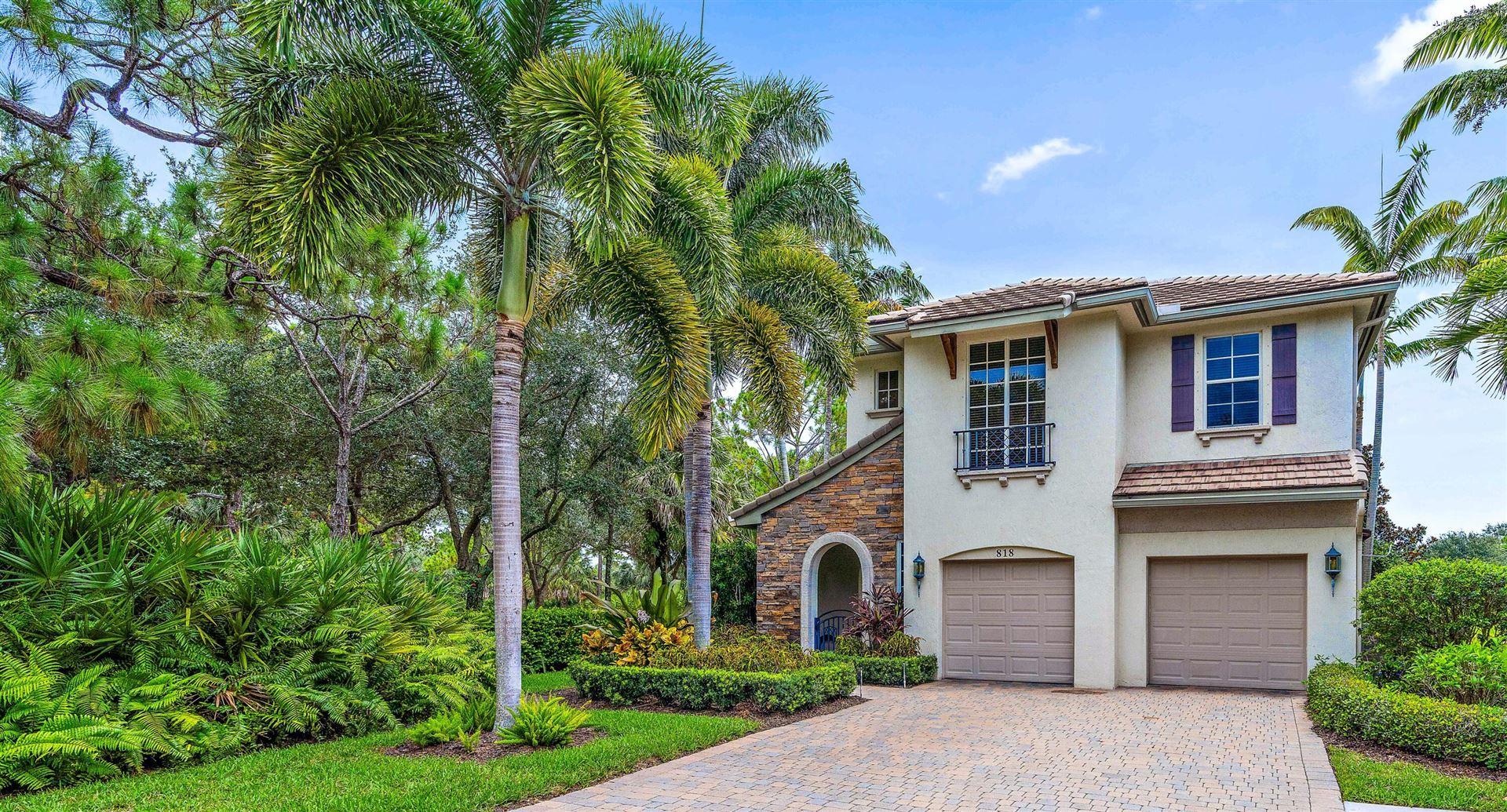 Photo of 818 Lincoln Court, Palm Beach Gardens, FL 33410 (MLS # RX-10726967)