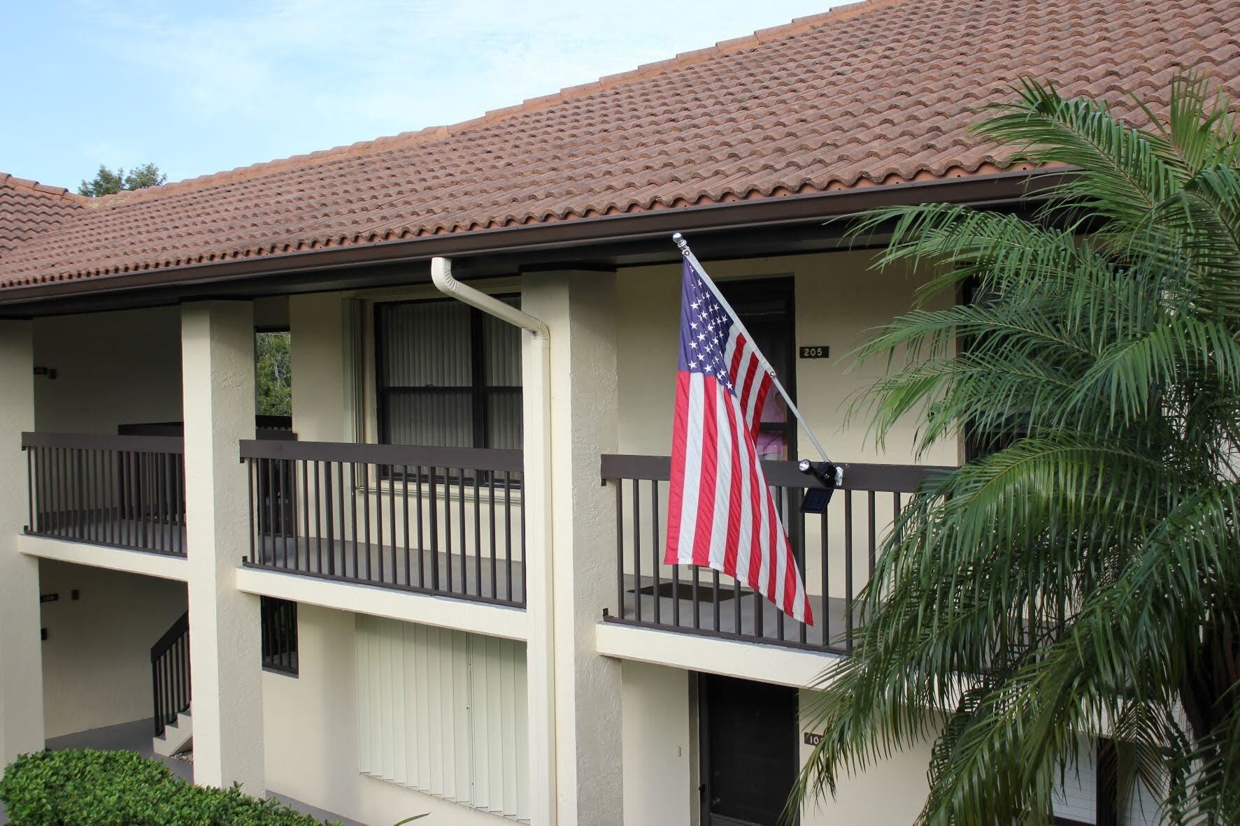 Photo of 211 SW South River Drive #205, Stuart, FL 34997 (MLS # RX-10752968)