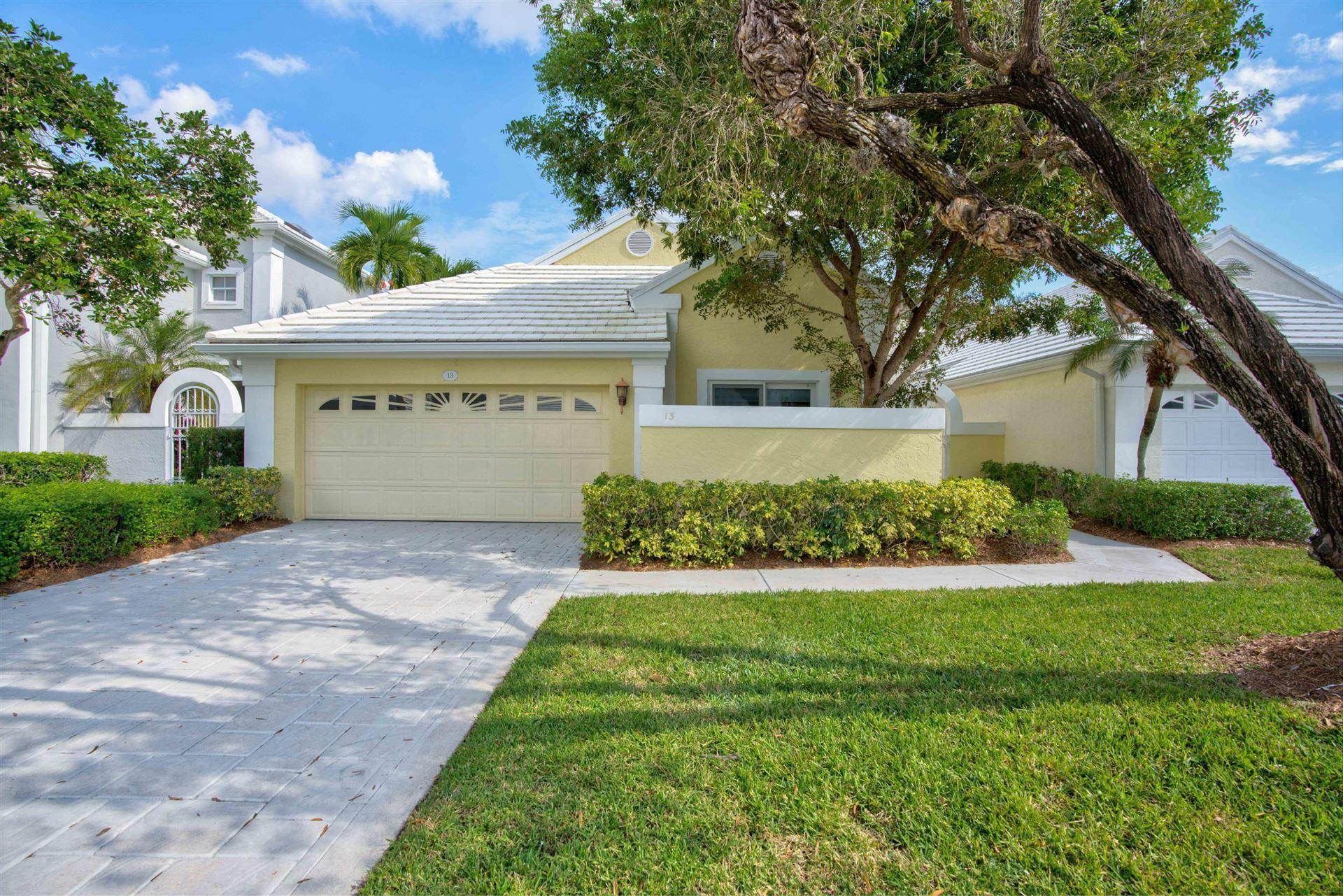 Photo of 13 Wyndham Lane, Palm Beach Gardens, FL 33418 (MLS # RX-10674970)