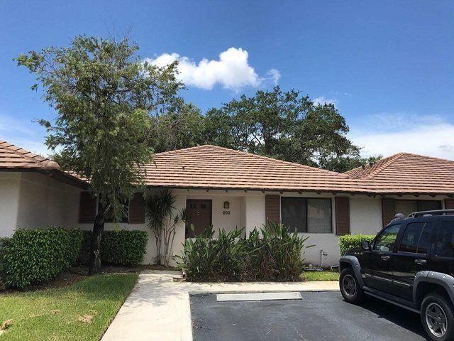 202 Club Drive, Palm Beach Gardens, FL 33418 - #: RX-10704970