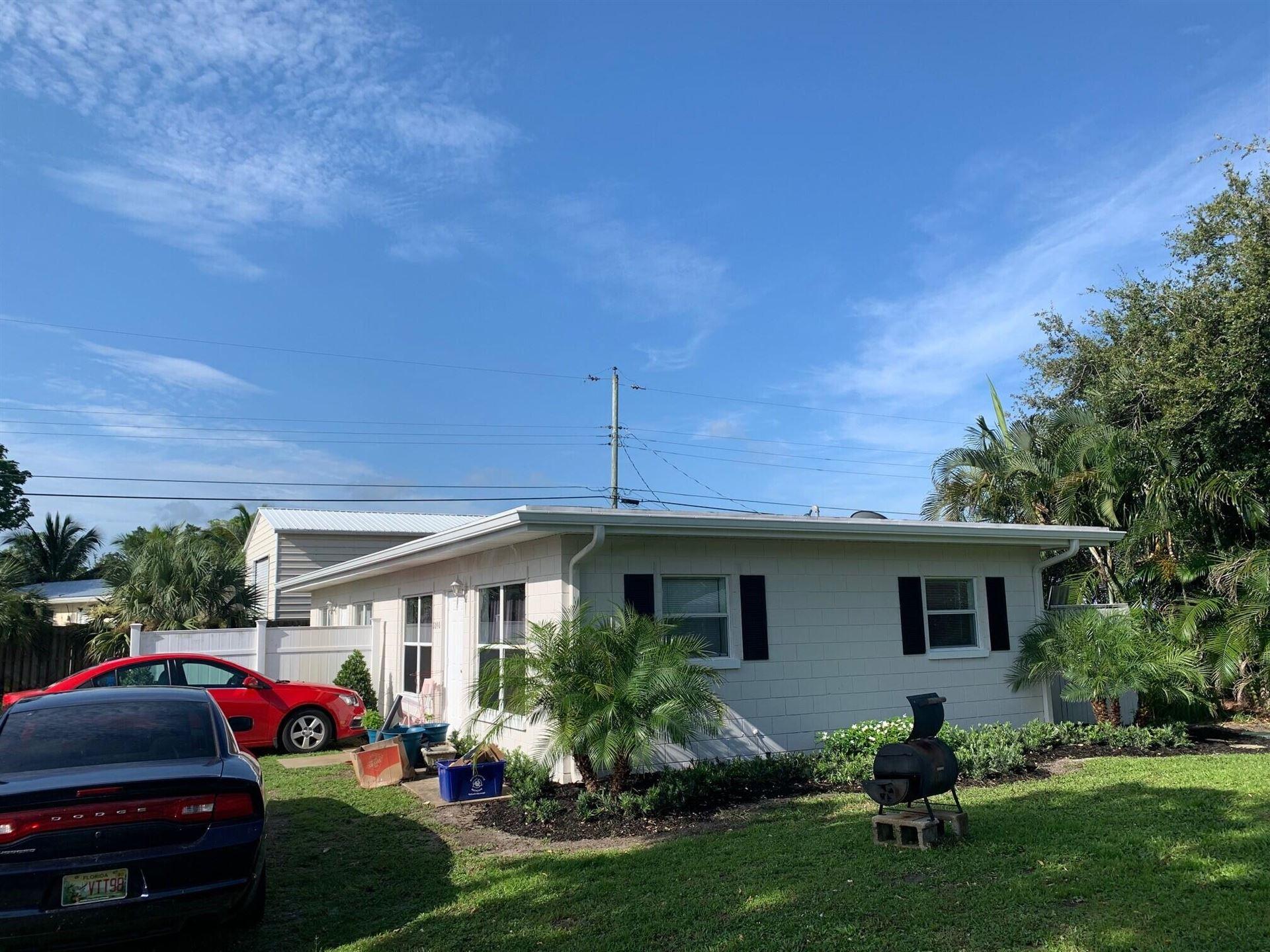 1090 NW 16th Street, Stuart, FL 34994 - #: RX-10730971
