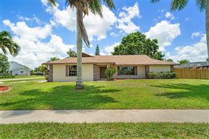 Photo of 11186 Pine Valley Drive, Wellington, FL 33414 (MLS # RX-10532972)