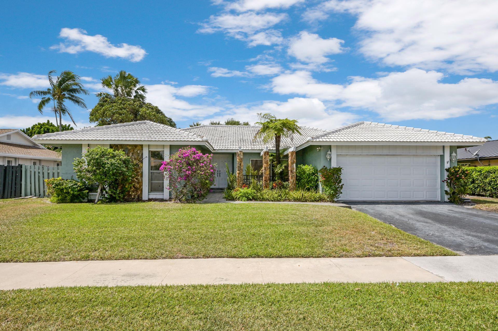 17727 Raintree Terrace, Boca Raton, FL 33487 - #: RX-10702972