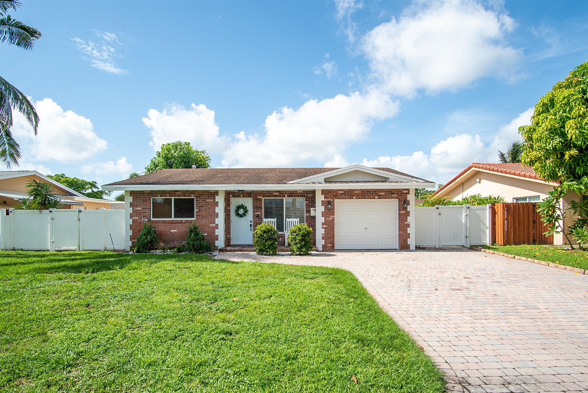 Photo of 3166 NW 68th Street, Fort Lauderdale, FL 33309 (MLS # RX-10732972)