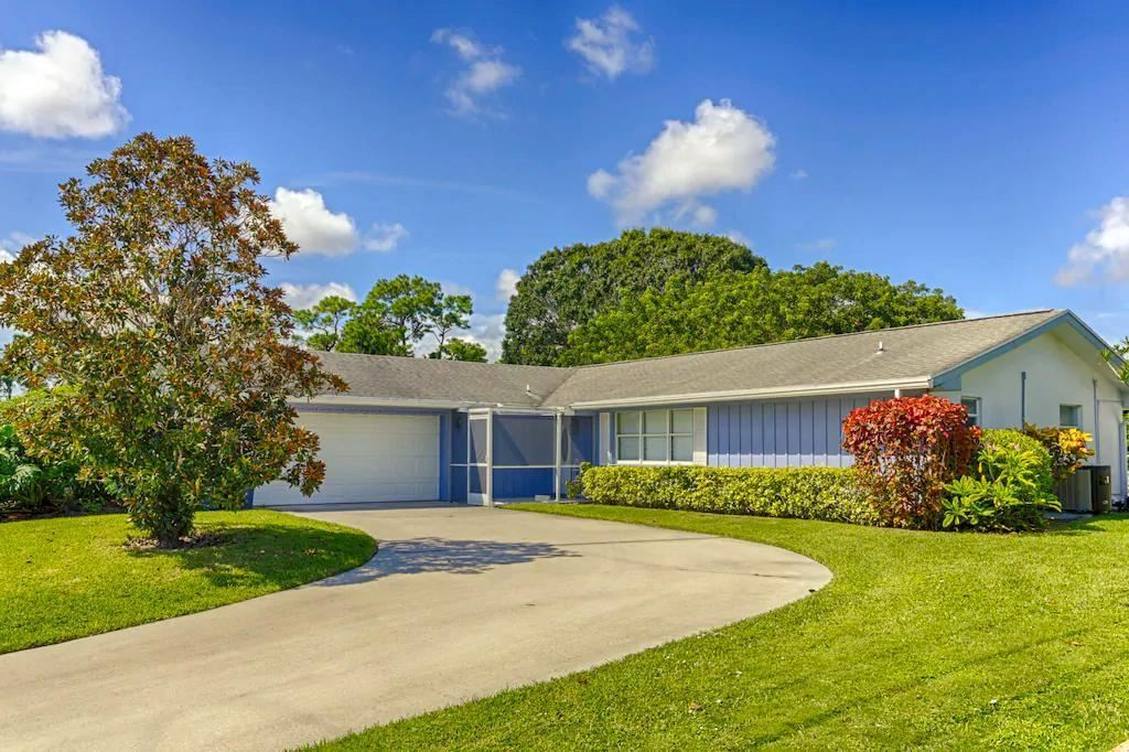 10885 Magnolia Street, Palm Beach Gardens, FL 33418 - #: RX-10705973