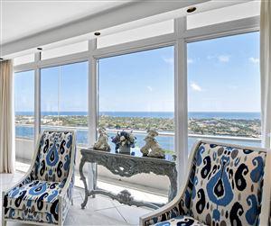 Foto de 529 S Flagler Drive #Ph 2e, West Palm Beach, FL 33401 (MLS # RX-10577974)