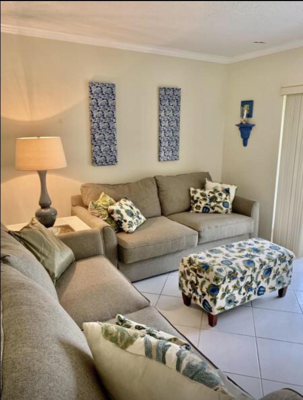 22 Abbey Lane #106, Delray Beach, FL 33446 - #: RX-10681974