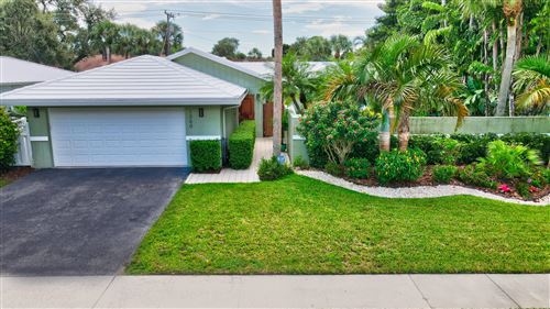 Photo of 1360 SW 15th Street, Boca Raton, FL 33486 (MLS # RX-10659976)