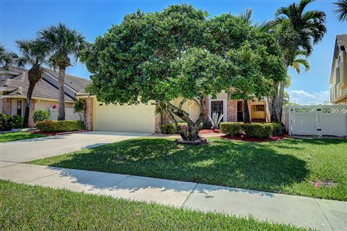 Photo of 6836 Bitterbush Place, Boynton Beach, FL 33472 (MLS # RX-10708977)