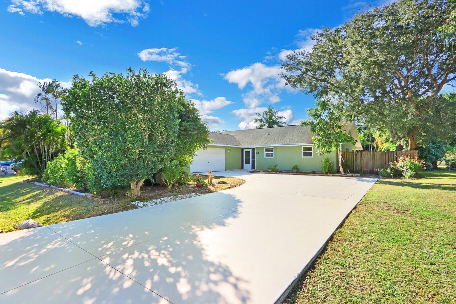 1982 SE Crystal Mist Street, Port Saint Lucie, FL 34983 - MLS#: RX-10752977