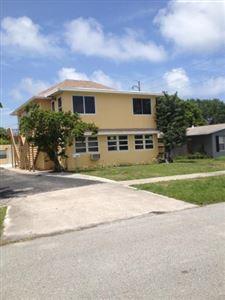 Foto de inmueble con direccion 305 Cypress Drive #1 Lake Park FL 33403 con MLS RX-10529979