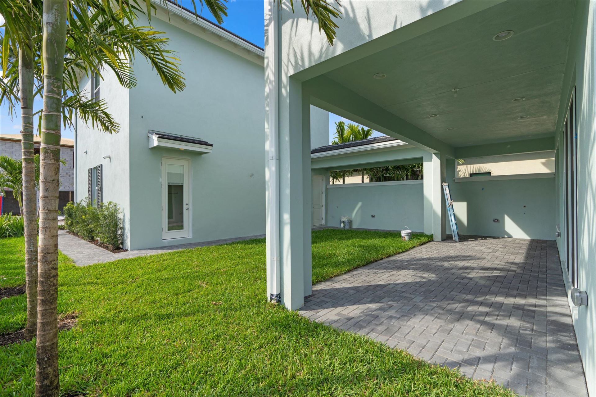 Photo of 13335 Machiavelli Way, Palm Beach Gardens, FL 33410 (MLS # RX-10684979)