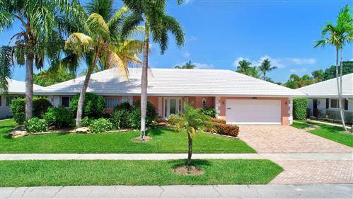 Photo of 1332 SW Tamarind Way, Boca Raton, FL 33486 (MLS # RX-10631980)