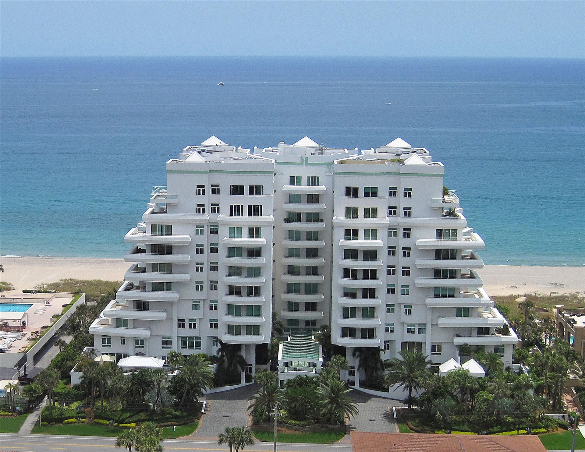 Photo of 2494 S Ocean Boulevard #K-4, Boca Raton, FL 33432 (MLS # RX-10666980)