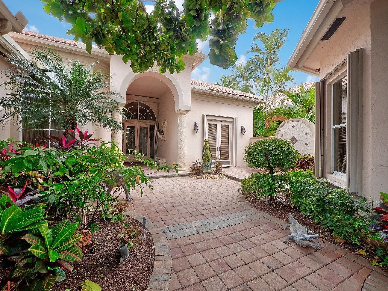 121 Vintageisle Lane, Palm Beach Gardens, FL 33418 - #: RX-10688980