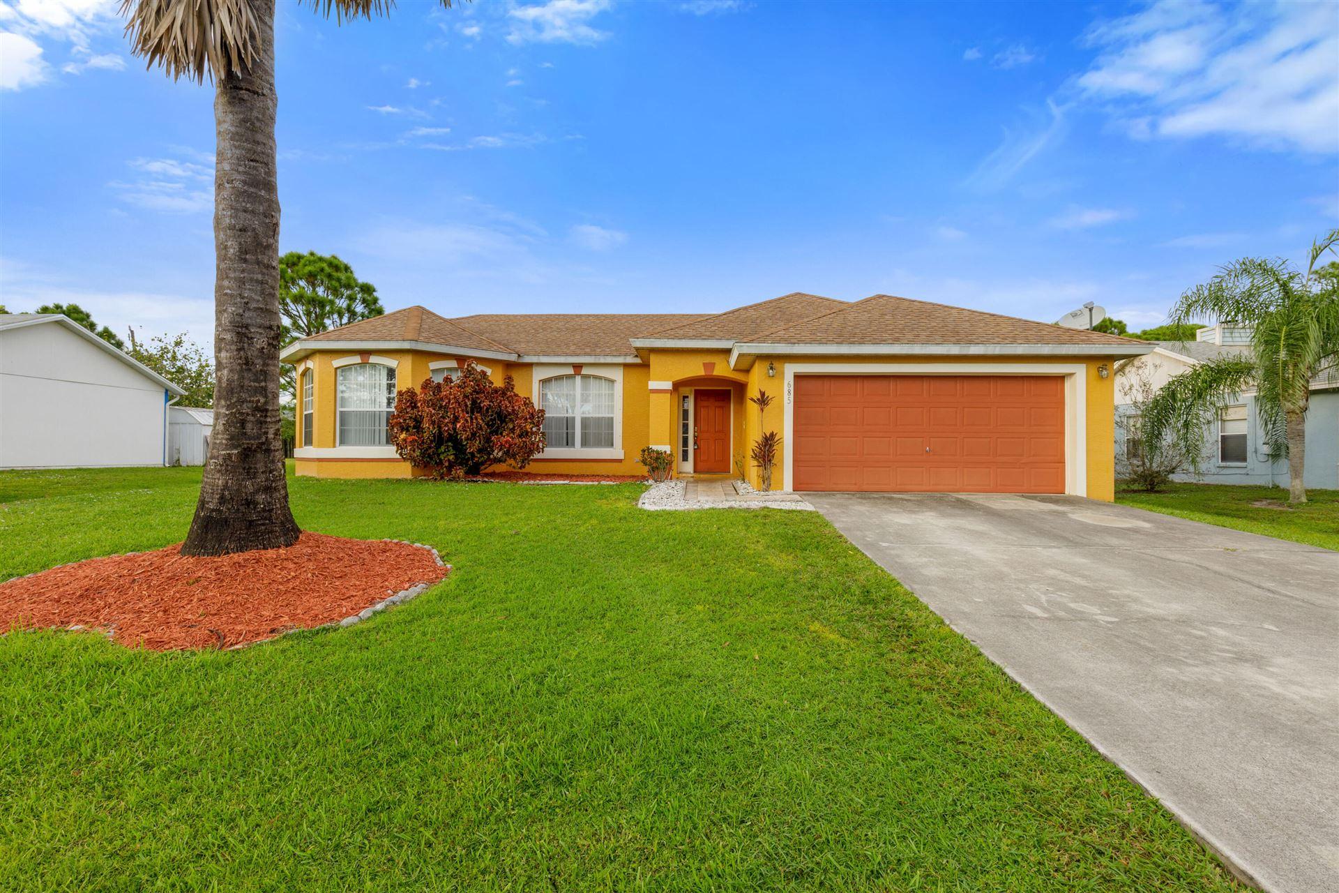 685 SE Ron Rico Terrace, Port Saint Lucie, FL 34983 - #: RX-10752980