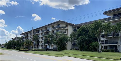 Photo of 555 NW 4th Avenue #304, Boca Raton, FL 33432 (MLS # RX-10752981)