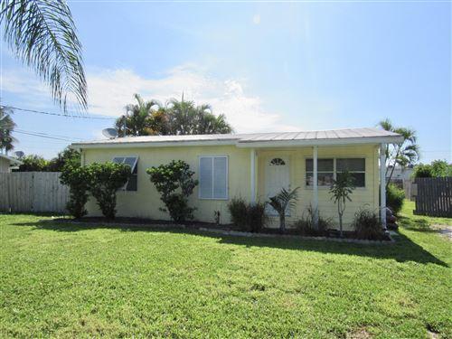 Photo of 1269 NW Antoch Avenue, Stuart, FL 34994 (MLS # RX-10638985)