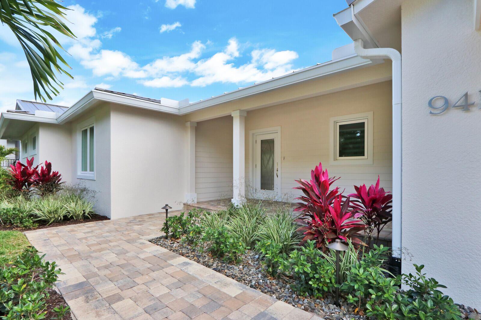Photo of 941 SW Pine Tree Lane, Palm City, FL 34990 (MLS # RX-10706986)