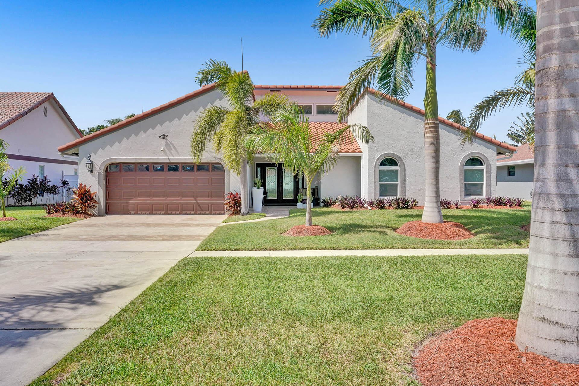 359 S Country Club Boulevard, Boca Raton, FL 33487 - #: RX-10741988