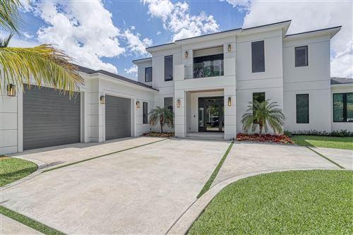 Photo of 2456 Bay Village Court, Palm Beach Gardens, FL 33410 (MLS # RX-10637991)