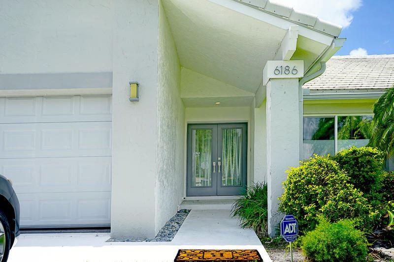 Photo of 6186 Petaluma Drive, Boca Raton, FL 33433 (MLS # RX-10633992)