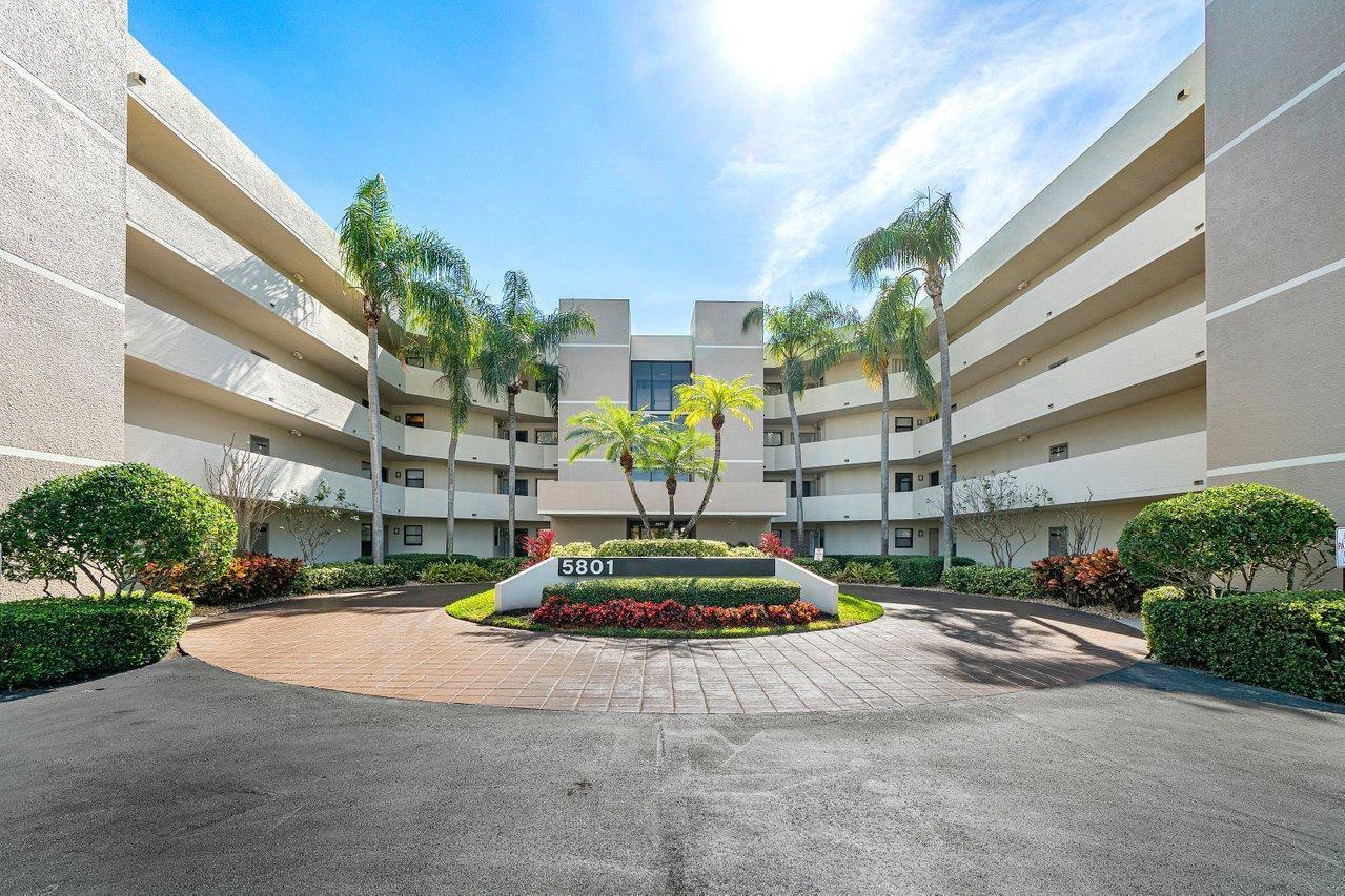 5801 Camino Del Sol #302, Boca Raton, FL 33433 - #: RX-10686993