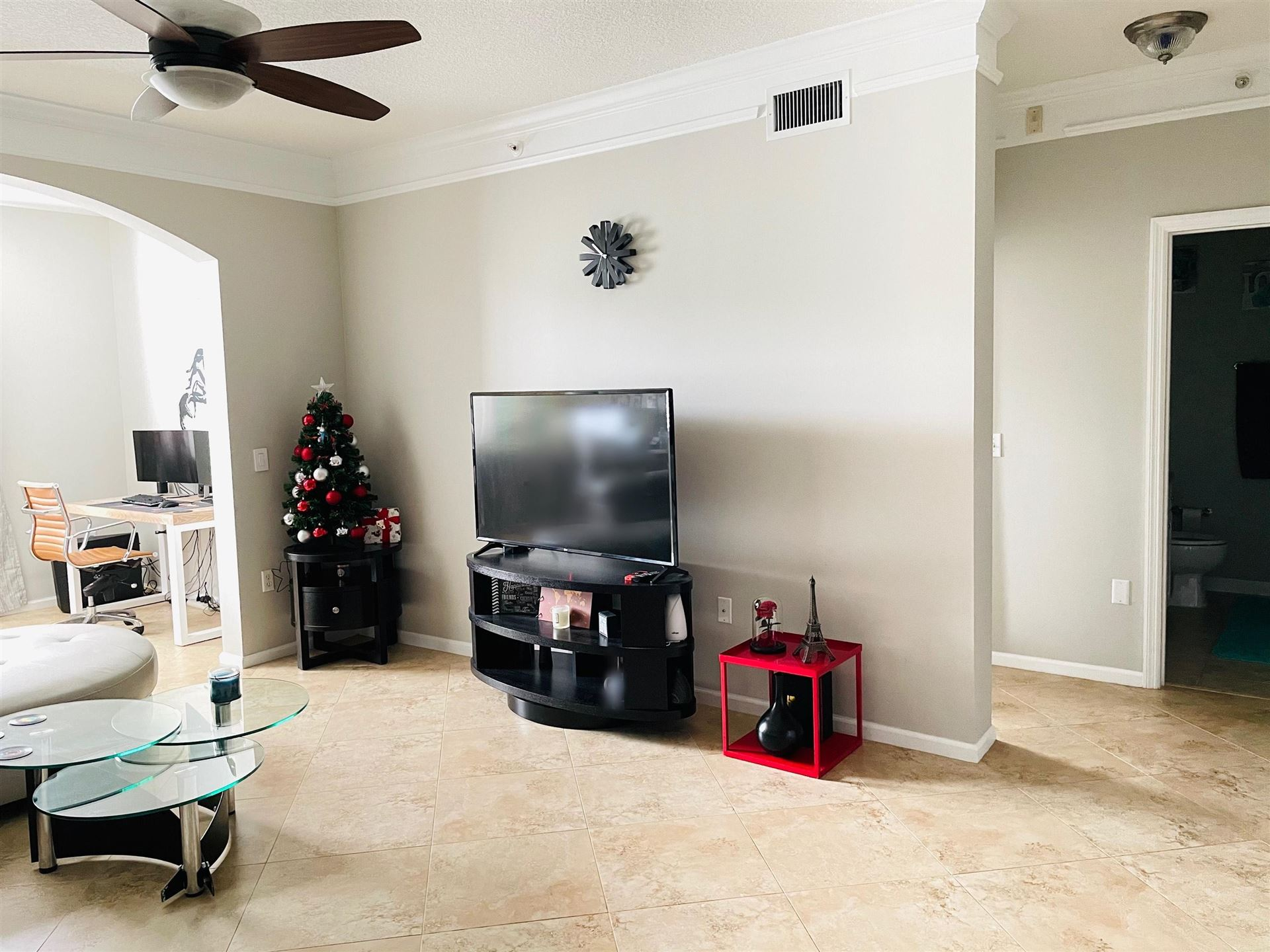 Photo of 3303 Myrtlewood Circle E, Palm Beach Gardens, FL 33418 (MLS # RX-10673994)