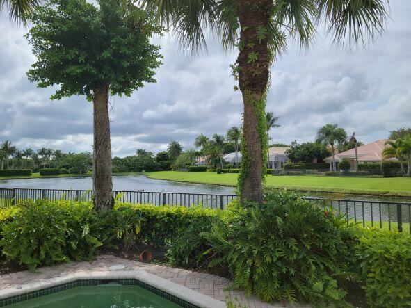Photo of 116 Victoria Bay Court, Palm Beach Gardens, FL 33418 (MLS # RX-10741994)