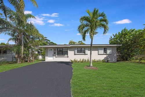 Photo of 537 NW 9th Avenue, Boynton Beach, FL 33435 (MLS # RX-10752996)