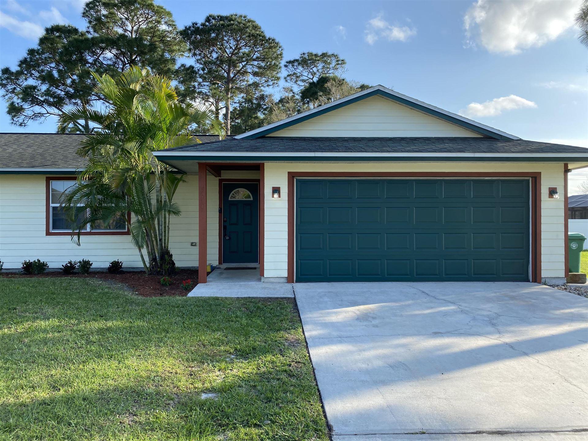 590 SW Fairview Avenue, Port Saint Lucie, FL 34983 - #: RX-10694997