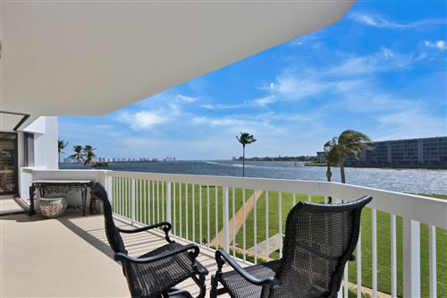 Foto de inmueble con direccion 115 Lakeshore Drive #248 North Palm Beach FL 33408 con MLS RX-10606998