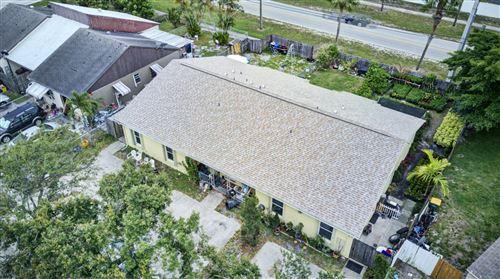 Foto de inmueble con direccion 5915 S 37th Street Greenacres FL 33463 con MLS RX-10622998