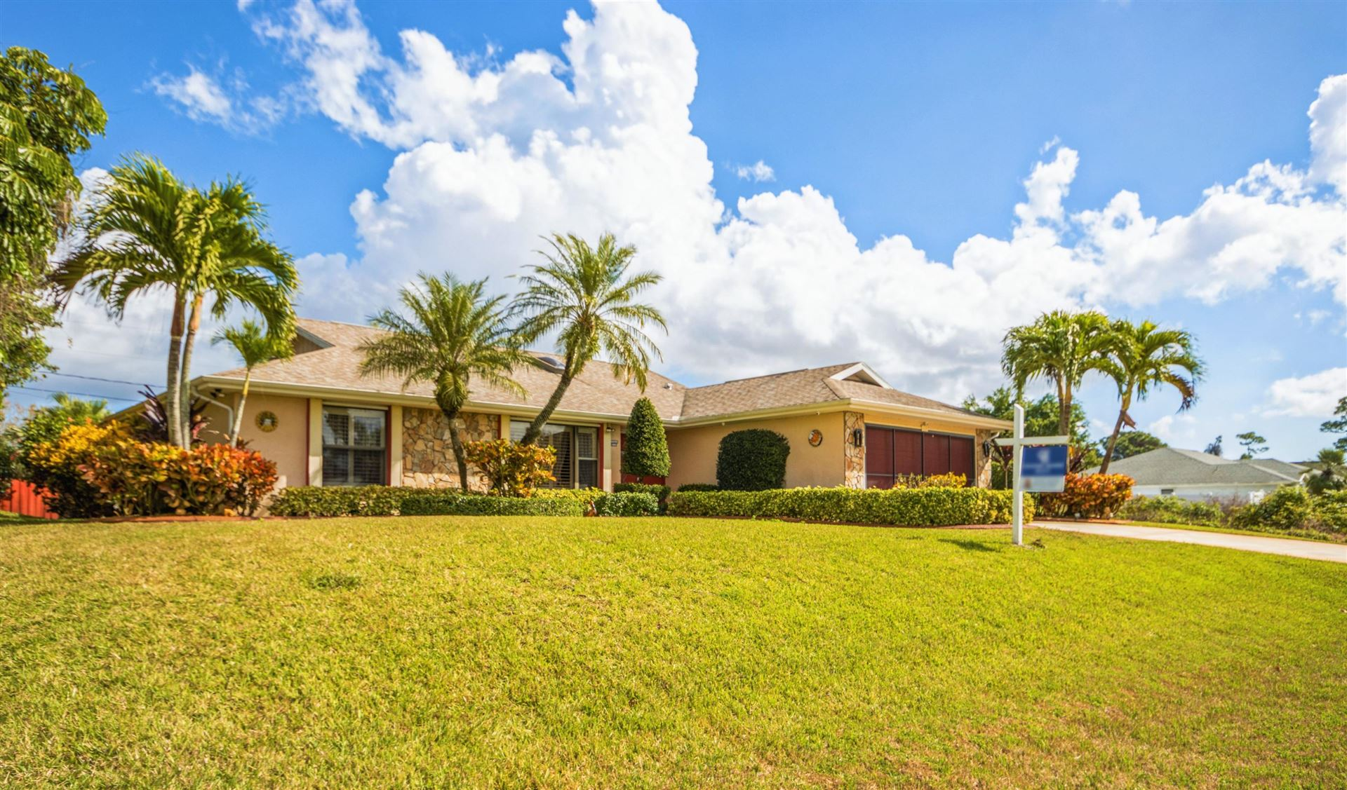 771 SE Essex Drive, Port Saint Lucie, FL 34984 - #: RX-10689999