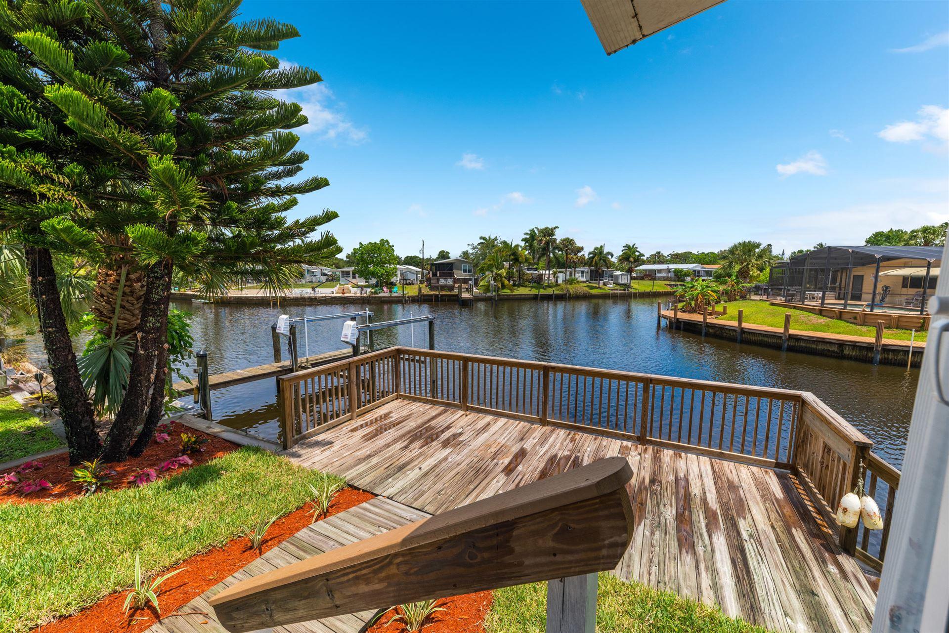 131 SE Paradise Place, Stuart, FL 34997 - MLS#: RX-10721999